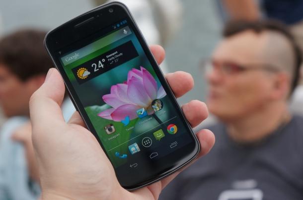 Samsung Galaxy Nexus - Melhores Smartphones Android
